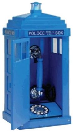 Steepletone ~ Police Box Telephone ~ Dr Who Style! Steepletone http://www.amazon.com/dp/B000HZTIKG/ref=cm_sw_r_pi_dp_M08.tb1SS41GA
