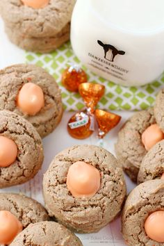Treat yourself to a favorite spring flavor with these Carrot Cake Blossom Cookies! Carrot Cake flavored cookies with Carrot Cake flavored KISSES! Update- I been looking for these Hersey kisses. only sold at Walmart! Mini Carrot Cake, Raw Carrot Cakes, Carrot Cake Bars, Carrot Spice Cake, Gluten Free Carrot Cake, Carrot Cake Cookies, Cake Mix Cookies, Cake Mix Cookie Recipes, Dessert Cake Recipes