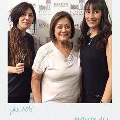 Photocall del salón de Urquinaona. Guapas!!! #blue01stylist #photocall #peinados #peluquer… http://ift.tt/1eQEkRY
