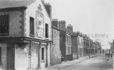 PH/17/3/24 Black and white photograph showing the Grey Horse Inn and the Park Road area of St.Helens, prior to redevelopment c.1960s.    .PH - Photographic collections 17 - Photographic collections that were created by individual depositors 3 - Black and white photographs showing various streets in St.Helens