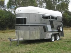 Mustang 3 Horse | Floats - Olympic Trailers