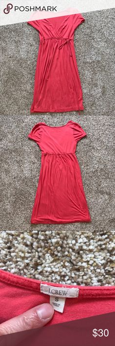 J. Crew Coral Pink Empire Waist Dress Size Small J. Crew Coral Pink Adjustable Empire Waist Dress. Size Small. Can be used for maternity wear or non maternity. Super soft, stretchy fabric. Some stitching is coming undone (pictured), but it's still in good condition J. Crew Dresses Midi