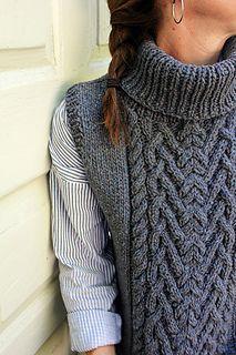 A new cabled vest designed by Thea Colman [Un nuovo gilet con trecce creato da Thea Colman]