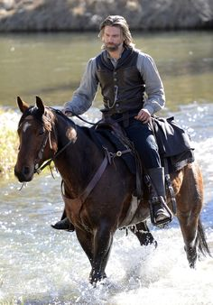 Anson Mount - Photos - Hell on Wheels - Season 3 - Promotional Episode Photos - Episode - Eminent Domain - Anson Mount, Hell On Wheels, Into The West, Western Movies, Cowboy And Cowgirl, Cowboy Horse, Le Far West, Season 3, Gorgeous Men
