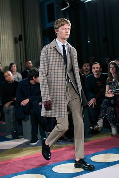 I want this reversible coat from Valentino FW15/16! Source: The Sartorialist