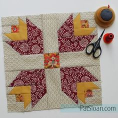 My version of @maureencracknell Dutch Treat♡ her @aurifilthread Designer challenge block. I'm using @frenchgeneral by @modafabrics for my version this year. Details at https://auribuzz.wordpress.com #aurifil #quilt