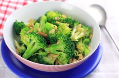 broccoli with burnt butter, almonds & garlic sauce from eat, drink, paleo.