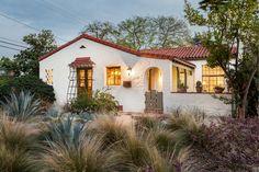 56 Ideas home exterior california architecture for 2019 Spanish Bungalow, Spanish Style Homes, Spanish Revival, Spanish House, Spanish Colonial, Spanish Kitchen, California Architecture, Spanish Architecture, Hacienda Style