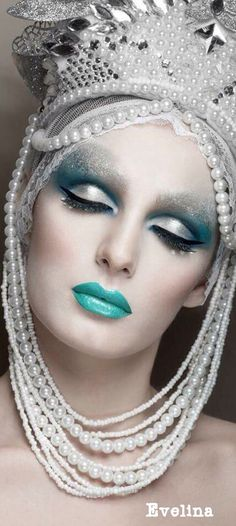New makeup colorful fantasy ice queen 26 Ideas Maquillage Halloween, Halloween Makeup, Scary Halloween, Halloween Ideas, Make Up Art, How To Make, Fantasy Make Up, Fantasy Hair, Creative Makeup
