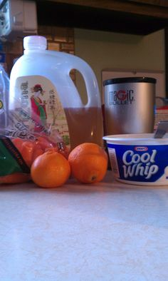 Healthy Dreamsicle Smootie  Super filling healthy yummy snack!   2 Cuties Oranges   3-4 baby carrots or 1 large carrot  2 Table spoons of cool whip (only 25 calories!)  1/3 cup of Arizona Diet Green Tea with Ginseng   Blend in Magic Bullet or Blender until smooth!