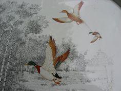 Vintage Mallard #Duck serving tray. Beautiful detailed flying ducks. Great #birdlover #twitcher gift. @PumpjackPiddlewick on Etsy
