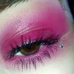 Check out the full look at: http://www.instagram.com/p/BgQ0XmKHzlL/?taken-by=shadehunt #lotd #shadehunt #shadehunters #fotd #Motd #Shade #makeuptutorial #killer #Jeffreestar #Roya #Powder @makeup_appreciation @undiscoveredmues @undiscovered_muas #MakeUpArt #makeup #beauty #Jeffreestarcosmetics #Anastasiabeverlyhills #motd #brow #star #beatthatface #mua #makeupartist #wakeupandmakeup #lilly #lashes #undiscoveredmuas #liveglam #eyemakeup #foundation #makeuplovers #concealer #selftaught…