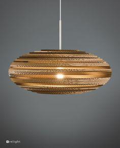 Bestel onze Kartonnen Hanglamp REON voordelig in onze webshop! Relight levert producten met de beste kwaliteit, gemaakt van gerecycled karton!