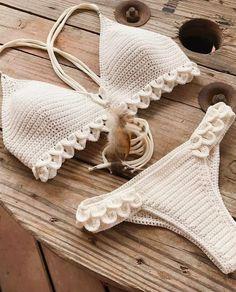 Summer Free Crochet Bikini Pattern Design Ideas for This Year Part 26 , , Awesome Summer Crochet Bikini. Bikini Crochet Patron, Motif Bikini Crochet, Crochet Bikini Bottoms, Crochet Bra, Crochet Crop Top, Crochet Clothes, Free Crochet, Crochet Geek, Ravelry Crochet