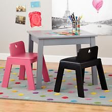 Table chairs rug