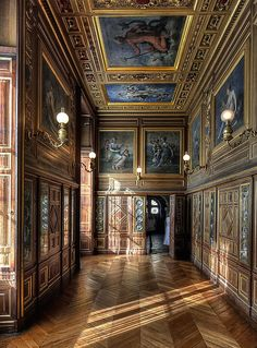 Medieval Fortress, Medieval Castle, Tour Effel, Rue Rivoli, Chateau Versailles, Chateau Medieval, Palace Interior, Castle Wall, Louvre