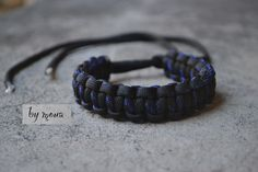 Outdoor Survival Paracord-Bleu et Noir SHARK JAW bracelet Usa Made