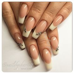#nails #nailart #gelnails #gelenaglar #nailporn #nailpro #REQgel #REQswe #REQ #REQlove #french #fransk #manikyr