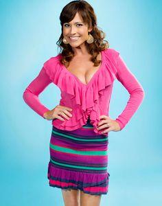 |Season 2| Nikki Deloach as Lacey