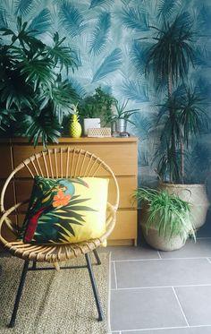 Exterior Design, Interior And Exterior, Palm Beach Regency, Acapulco Chair, Vert Turquoise, Tropical, Boho Green, Interior Plants, Plant Design