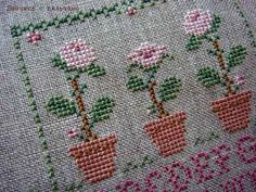 Fallen in love with LHN and CCN patterns: Rose Sampler