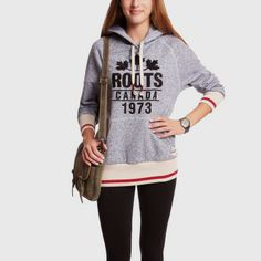 Roots - Cabin Fleece Pullover in Salt and Pepper Winter Fashion Outfits, Autumn Winter Fashion, Roots Clothing, Fashion Bible, Women's Fashion, Canadian Clothing, Capsule Wardrobe, Passion For Fashion, Hoodies