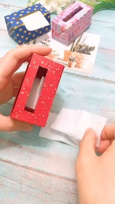 A simple tutorial to show you how to DIY a tissue box by using paper. Click visit and discover a cool animal head tissue holder. Diy Crafts Hacks, Diy Crafts For Gifts, Diy Home Crafts, Diy Arts And Crafts, Creative Crafts, Diy Projects, Diys, Cool Paper Crafts, Diy Paper