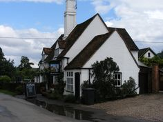 Turville pub where boys go for a drink in Murder in St Malleys day