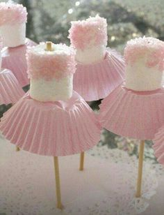 for Amzi's birthday? Marshmallow ballerinas Oh goodness - now, we've all seen cake pops, and we all know about what fun they can be for a party. so how about this for a theme, the ballerina party, complete with little marshmallow ballerinas! Party Time, Birthdays, Marshmallow Pops, Pink Marshmallows, Marshmallow Skewers, Princess Crafts, Pink Princess Party, Princess Party Snacks, Baby Shower Princess