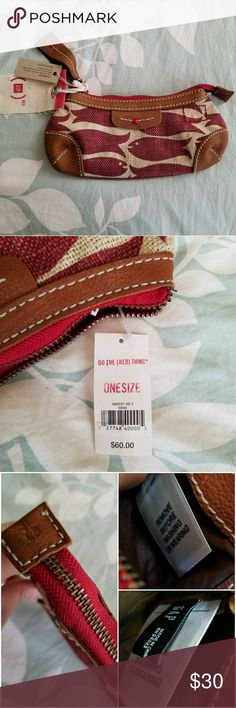 "(Gap) RED Limited Edition Jute & Leather Wristlet (Gap) RED Limited Edition Jute & Leather Trim Wristlet in NWT, never used condition. Can be used as a smaller organizer bag within a larger purse or as a small clutch or wristlet.   Measurements: approx H 5"" x L 10""   This a vintage (Gap) RED product that was a limited edition run, is no longer in production and no longer being sold. Will bundle price if you'd like to take all three. (Gap) RED Bags Clutches & Wristlets"