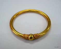 gold bracelets designs for womens Gold Ring Designs, Gold Bangles Design, Gold Earrings Designs, Gold Jewellery Design, Silver Jewellery, Silver Anklets, Antique Jewelry, Gold Kangan, Hand Armband