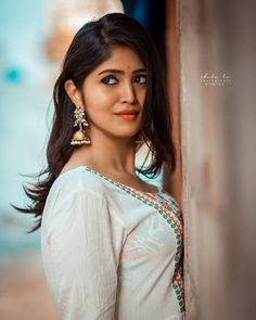 Indian Beauty World Beautiful Girl Indian, Most Beautiful Indian Actress, Beautiful Girl Image, Beautiful Women, Beautiful Saree, Beauty Full Girl, Cute Beauty, Beauty Women, Women's Beauty