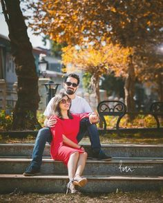 The Advantages Of Professional Wedding Photography Pre Wedding Shoot Ideas, Pre Wedding Poses, Wedding Couple Photos, Wedding Couple Poses Photography, Couple Photoshoot Poses, Professional Wedding Photography, Indian Wedding Photography, Pre Wedding Photoshoot, Couple Posing