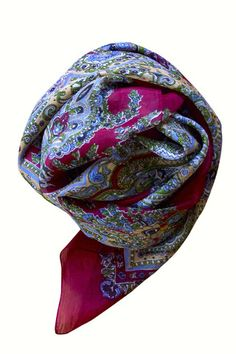 3 Insanely Warm Items You Need for Winter Silk Scarves, Bordeaux, Warm, Winter, Shopping, Accessories, Style, Kisses, Stylus