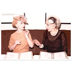 Mi abuela fashionista. This reminds me of my husbands wonderful grandma Abuela Norma. So fab!