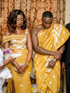 Couples African Outfits, African Dresses For Women, African Print Dresses, African Fashion Dresses, Ghanaian Fashion, African Wedding Theme, African Wedding Attire, African Attire, African Fashion Traditional