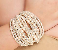 Multi-strand pearl bracelet #jewelry #bracelet #accessories #wedding