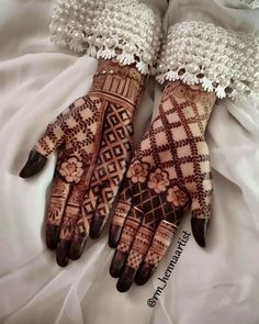 Mehndi Designs Front Hand, Basic Mehndi Designs, Khafif Mehndi Design, Floral Henna Designs, Latest Arabic Mehndi Designs, Beginner Henna Designs, Henna Art Designs, Mehndi Designs For Girls, Stylish Mehndi Designs