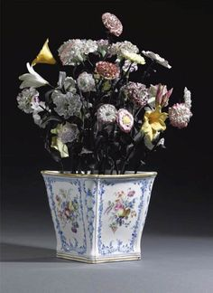 Sevres Porcelain Flowers and Cachpot.created for Madame Pompadour.saw these at the Sevres Manufactury 2000 Fine Porcelain, Porcelain Ceramics, Porcelain Doll, Painted Porcelain, Antique China, Metal Flowers, Colorful Flowers, Flower Vases, Pottery