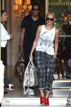 Beyonce's Plaid Slouch Pant