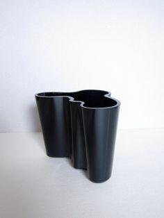 Alvar Aalto Savoy Black 45'' Opaque Vase iittala by ModernSquirrel, $65.00
