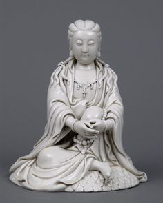 Chinese Buddhist Art and Statues with beautiful lines and vibrant colours. Giving the feeling of calm and serenity. Bodhisattvas and Warrior Monks. posted by Sifu Derek Frearson Oriental, Greek Statues, Gautama Buddha, Chinese Symbols, China Art, Chinese Ceramics, Guanyin, Beautiful Lines, Buddhist Art
