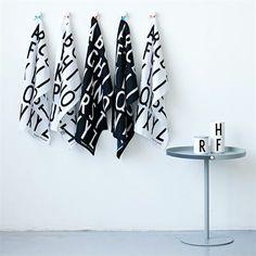 Design Letters - Essuies de vaisselle, mugs et table basse.
