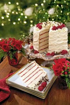 White Chocolate Raspberry Cake for Christmas