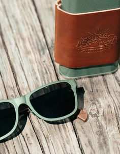 Shwood x Stanley Canby Hammertone Green.