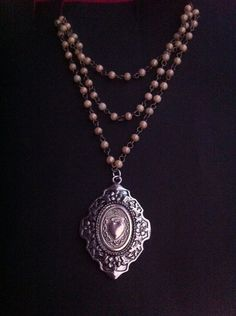 Hey, I found this really awesome Etsy listing at https://www.etsy.com/listing/258262806/sacred-milagros-heart-necklace-victorian