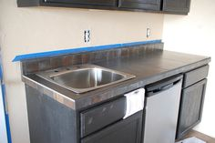D.I.Y. Diva. How to build and tile a counter top.