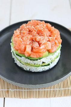 Wine For Sale Online Product Sushi Recipes, Asian Recipes, Healthy Dinner Recipes, Healthy Snacks, Healthy Eating, Cooking Recipes, Sushi Cake, Homemade Sushi, Aesthetic Food