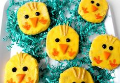 Easter Chick Sugar Cookies 18 Easter Sweets That'll Put Your Chocolate Bunny To Shame Easter Treats, Easter Desserts, Chocolate Bunny, Easter Chick, Cookie Bars, Sugar Cookies, Kids Meals, Special Occasion, Sweets