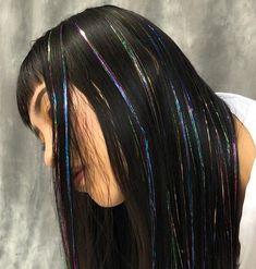 Tinsel Hair Extensions Tutorial Black Hair with Multi-Coloured Hair Extensions Hair Extensions Tutorial, Colored Hair Extensions, Extensions Hair, Hair Tinsel, Fairy Hair, Hair Streaks, Scene Hair, Aesthetic Hair, Grunge Hair